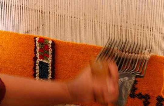 Khallala le peigne à presser et tasser les fils de laine